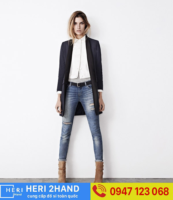 Quần Jeans - Áo Vest Tạo Sự Trẻ Trung Năng Động